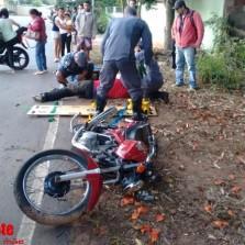 Motoqueiro fica ferido em acidente no Paraíso.
