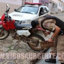 PM recupera moto roubada em Viçosa