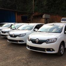 Prefeitura entrega 5 novos veículos para a Saúde