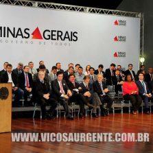 Governador entrega 201 micro-ônibus para o transporte escolar de 179 municípios mineiros