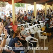 Professores da UFV aprovam indicativo de greve