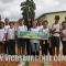 Crianças aprendem agroecologia em horta implantada dentro de escola municipal
