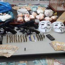 Drogas, armas e nove pessoas presas durante operação 243 anos da PMMG