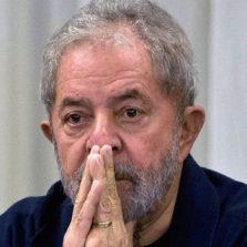 STF rejeita primeiro pedido de liberdade de Lula