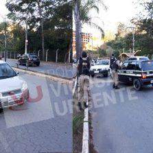 PM recupera carro roubado após perseguição e tiros no Centro