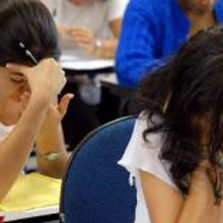 Metade dos docentes no país não recomenda a própria profissão