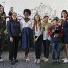 Alunos de escola de Nova Viçosa fazem rap para contar história de Arthur Bernardes