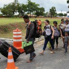 Juiz suspende entrada de venezuelanos no Brasil