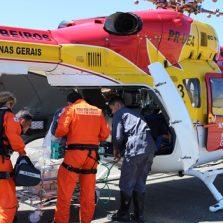 Voo pela vida, helicóptero do corpo de bombeiros transporta recém-nascido para hospital em BH