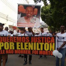Manifestação: Família de jovem assassinado clama por justiça