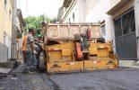 Prefeitura testa qualidade de asfalto produzido e aplicado pela própria Secretaria de Obras