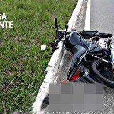 Motoqueiro é baleado durante tentativa de roubo em Visconde do Rio Branco