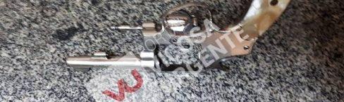 Suspeitos de assaltos presos com arma em Cachoeirinha