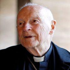 """""""O silêncio não é aceitável"""", diz arcebispo sobre abusos na Igreja"""