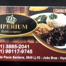 Hoje tem frango com quiabo no Imperium Restaurante, ao lado da Univiçosa