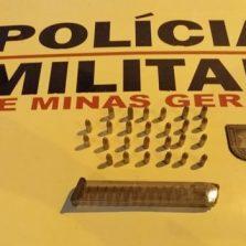 Suspeito é preso com carregador e munições de 9 milímetros no bairro São Sebastião