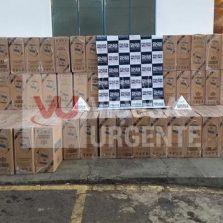 Polícia Militar de Ponte Nova apreende carga de cigarros contrabandeados