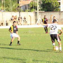 Campeonato Municipal de Futebol começa com vitórias de Silvestre e Barrinha