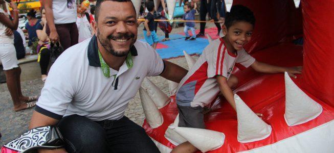 Sexta-feira: Prefeitura realiza tarde especial para crianças na praça Silviano Brandão