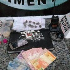 Homem é preso por tráfico de drogas na rua Santana