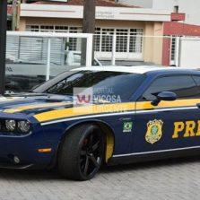 PRF passa a usar Dodge Challenger apreendido em ação contra o tráfico