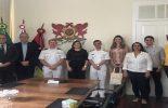 UFV realiza reunião e palestra com vice-almirante para fortalecimento da extensão universitária