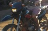Ladrão armado rouba moto no Paraguai em Cajuri