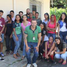 Alunos do programa Jovens do Futuro criam suas empresas