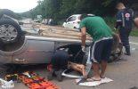 Condutor fica ferido após capotamento em São Geraldo