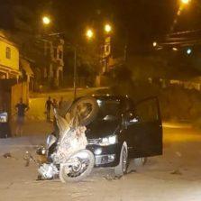 Colisão entre moto e carro deixa um ferido no Amoras