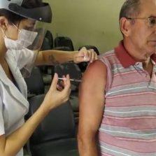 Estado de Minas não repassa doses de vacina e campanha contra a gripe é adiada